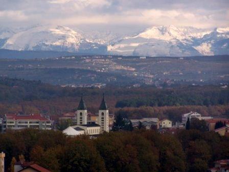 medjugorje_hegyekkel