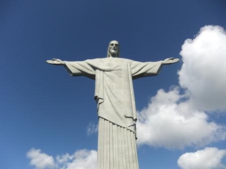 Napfeny Megvalto Krisztus-szobor