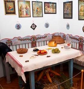 karacsonyi asztal