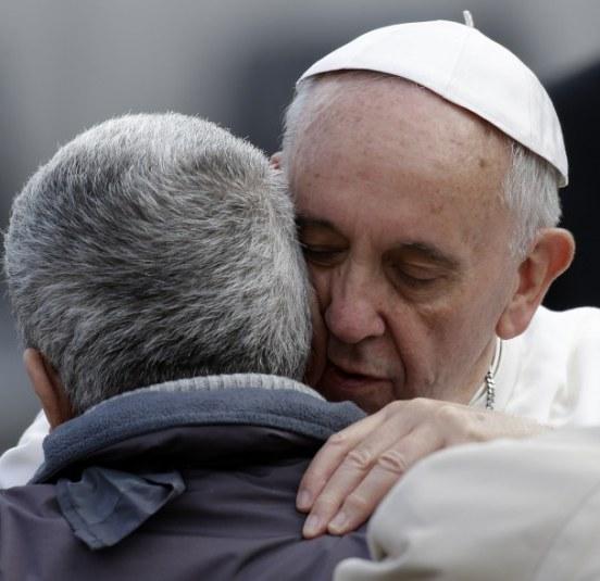 Ferenc papa arctalan emberrel