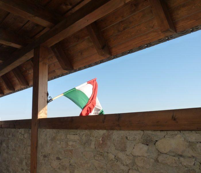 1regéc_zászló