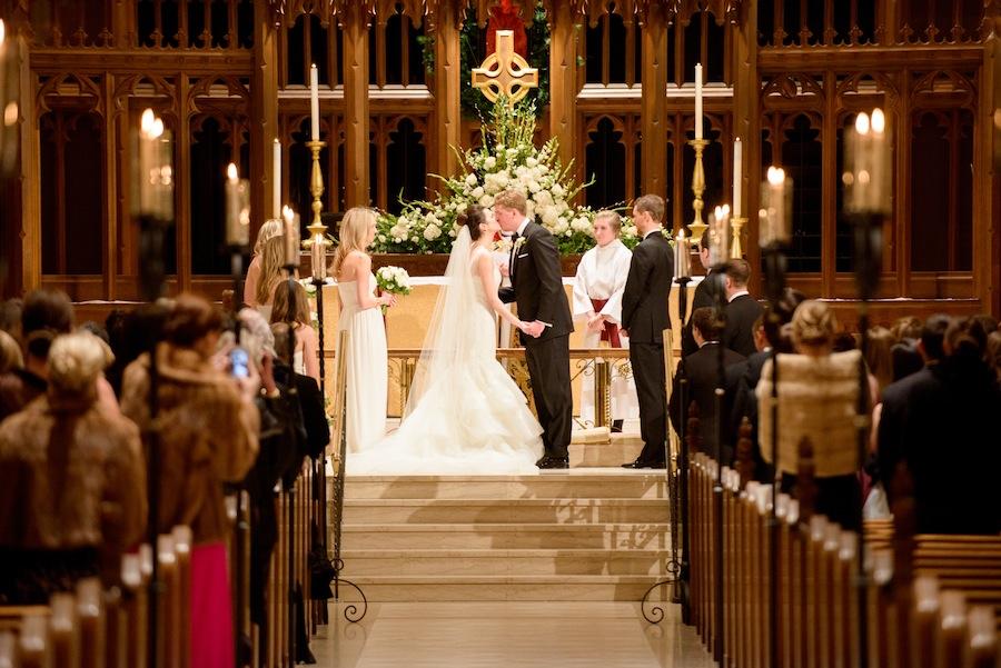 1e27de3f7e Nekünk, a Talita szerkesztőinek nincs különvéleményünk a hivatalos  katolikus állásponthoz képest az újraházasodott elváltak áldozásának  ügyében.