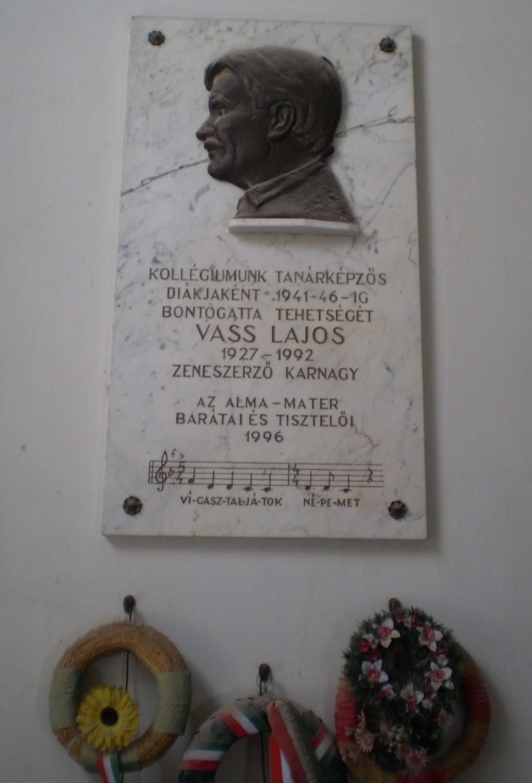 Vass-Lajos-emlektabla